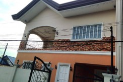 Townhouse: For Sale (Lanang)